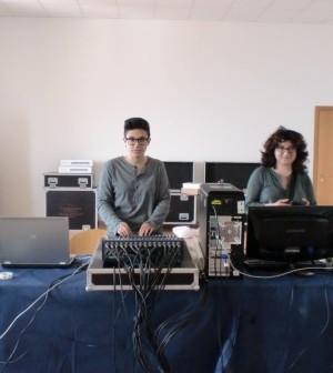 kiara-amici-con-silvia-lanzalone-in-concerto