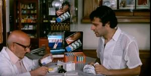 """La vendita dei farmaci nella scena del film cult """"Febbre da Cavallo"""""""