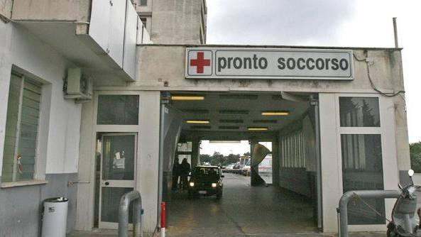 Notte di sesso e di pronto soccorso. Un quasi 60enne è arrivato al Ruggi con un grosso vibratore finito nellano | Cronache Salerno