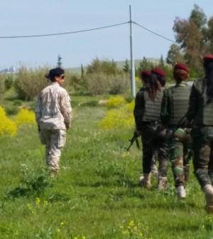 Soldatesse_curde2_Iraq