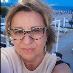 """Carolina De Rosa: """"A 56 anni sono pronta a sostenere l'esame di maturità"""""""